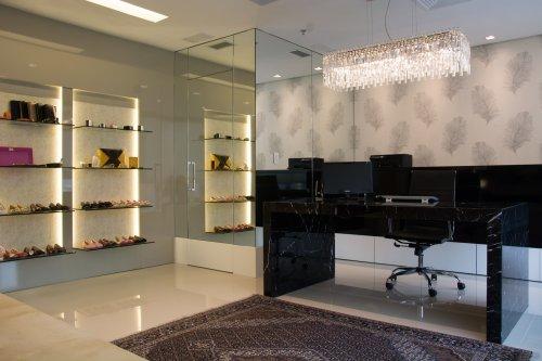 Alline Gon Showroom-4